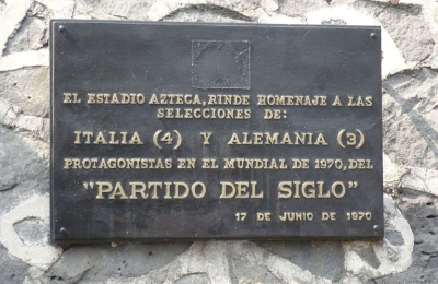 Commemorative_plaque_Aztec_Stadium